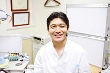 タキザワ歯科クリニック理事長:滝澤聡明